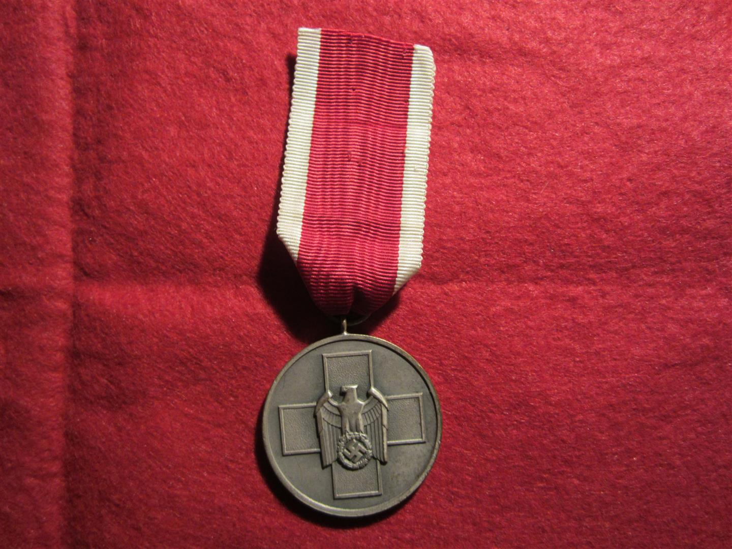 WW2 German Red Cross Medal