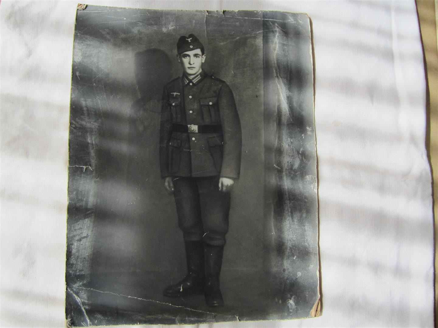 WW2 WH Soldier's Photo