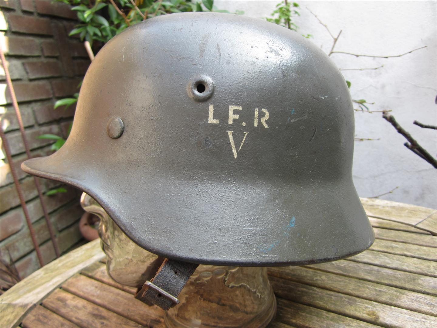 WW2 M40 German Helmet, Danish Defence 'LF.R'