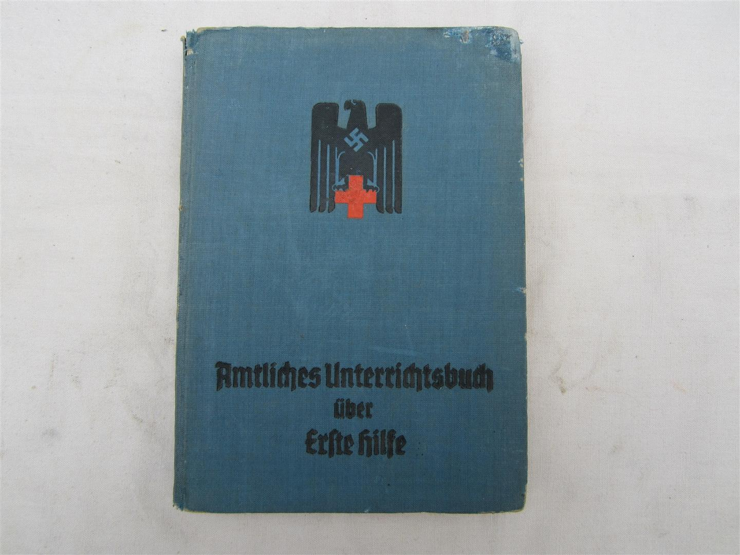 WW2 German First Aid Manual