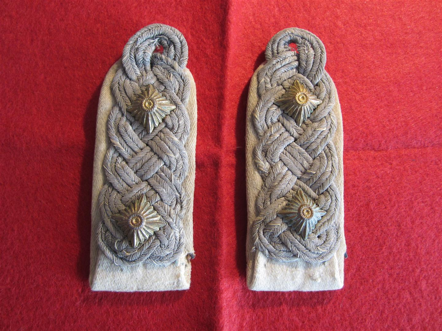 WW2 WH Infantry Oberst Sholder boards