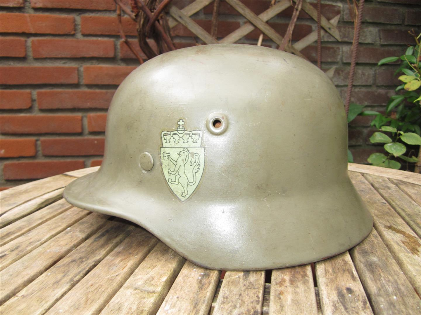 WW2 German M40 Helmet/Norwegian DD