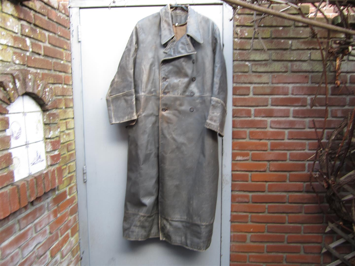 WW2 Wehrmacht Officer's Leather Greatcoat