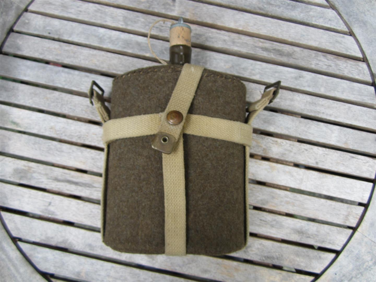 WW2 British Fieldbottle & Cover