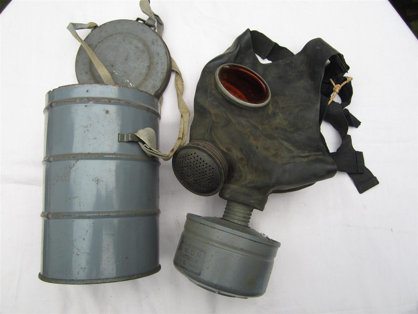 Captain Jacks Militaria - WW2 Belgium Children's Gasmask & Tin